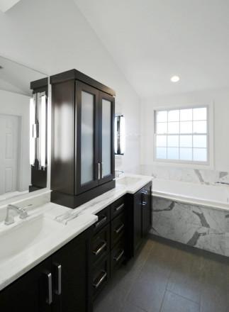 bathroom storage - Fishers, IN - Willet