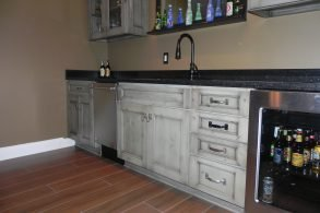 Massa Wet Bar