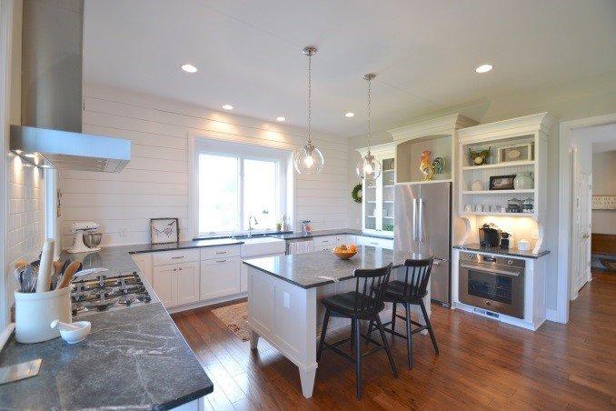 quartz vs granite which is better it s debatable aco. Black Bedroom Furniture Sets. Home Design Ideas