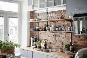 A Guide to Kitchen Cabinets: Pros and Cons